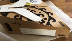 עיצוב אריזה לסטנד לגלשן Tortuga